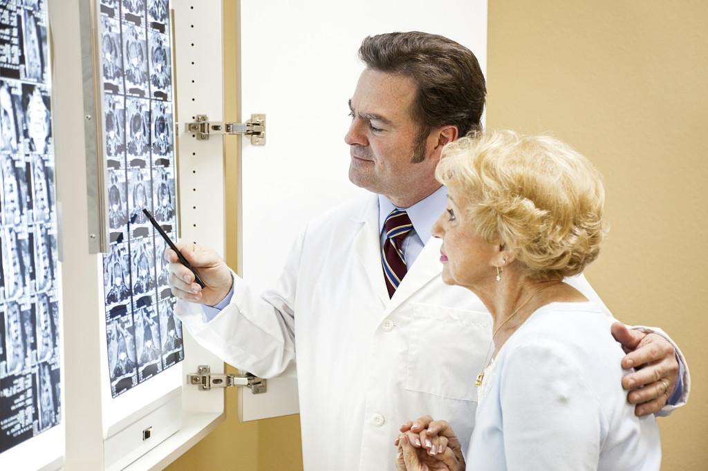Лечение артроза шейного отдела позвоночника должна начаться незамедлительно