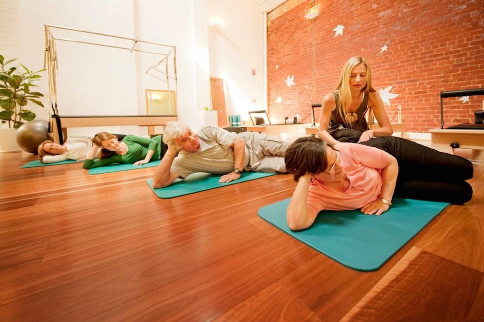 Некоторые специальные упражнения для терапии шейного остеохондроза