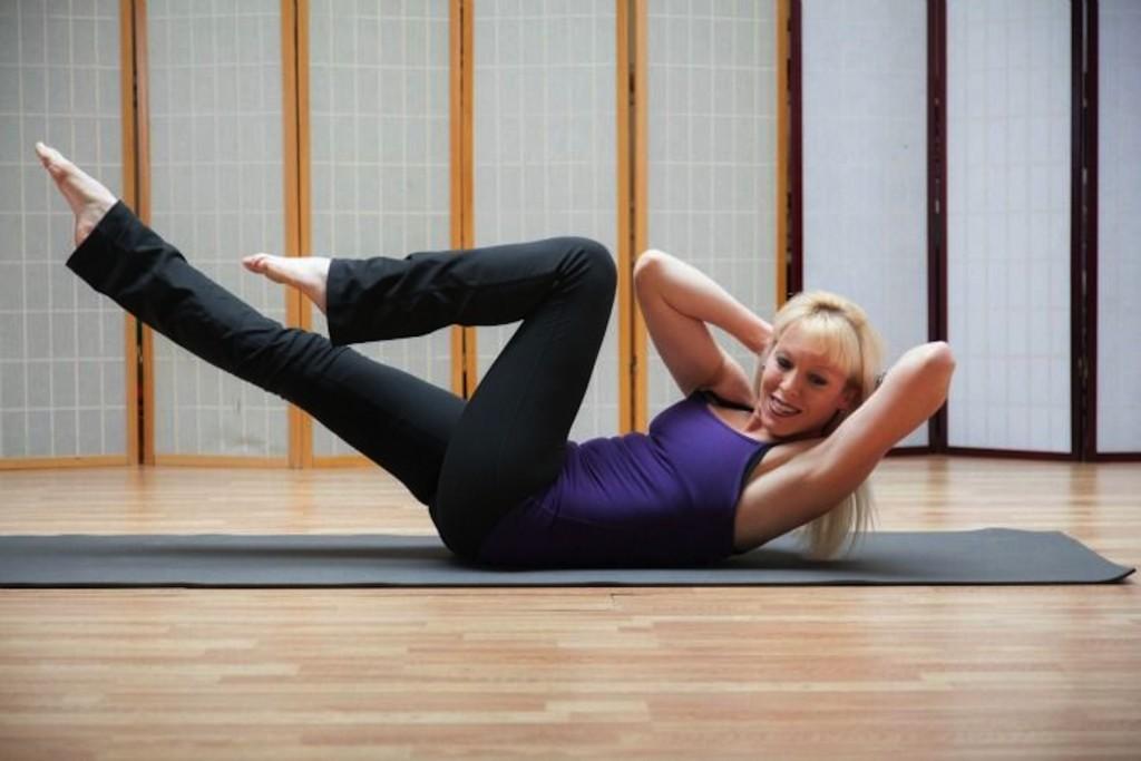 Основные упражнения для терапии шейного остеохондроза