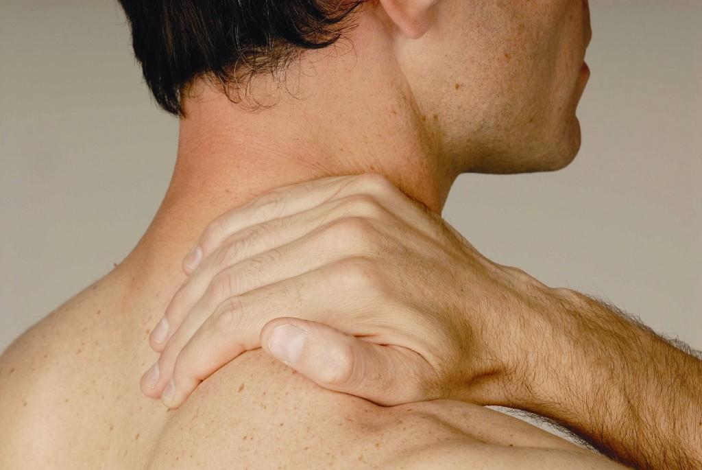 Причины возникновения дорсопатии в районе груди